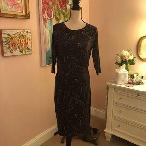 Paisley dress with gathering at the waist